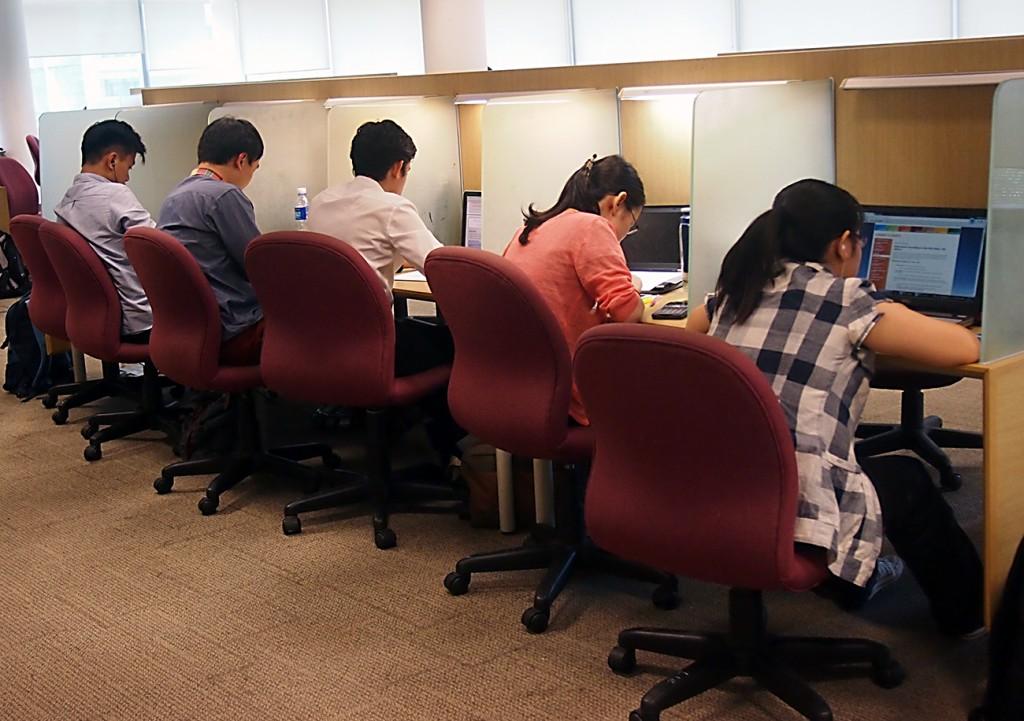 SMU Li Ka Shing Library: Study carrels