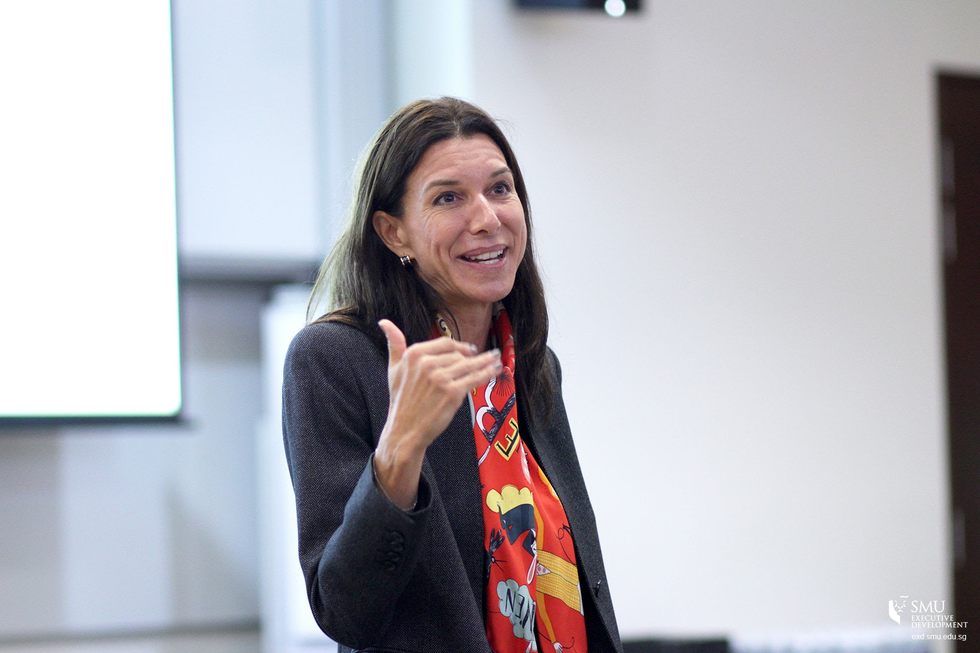 """Assistant Professor Anne-Valerie Ohlsson-Corboz spoke at SMU's Future Ready Forum 2016 on """"Learning from Expert Entrepreneurs: Creative Problem-solving in Organisational Settings"""""""