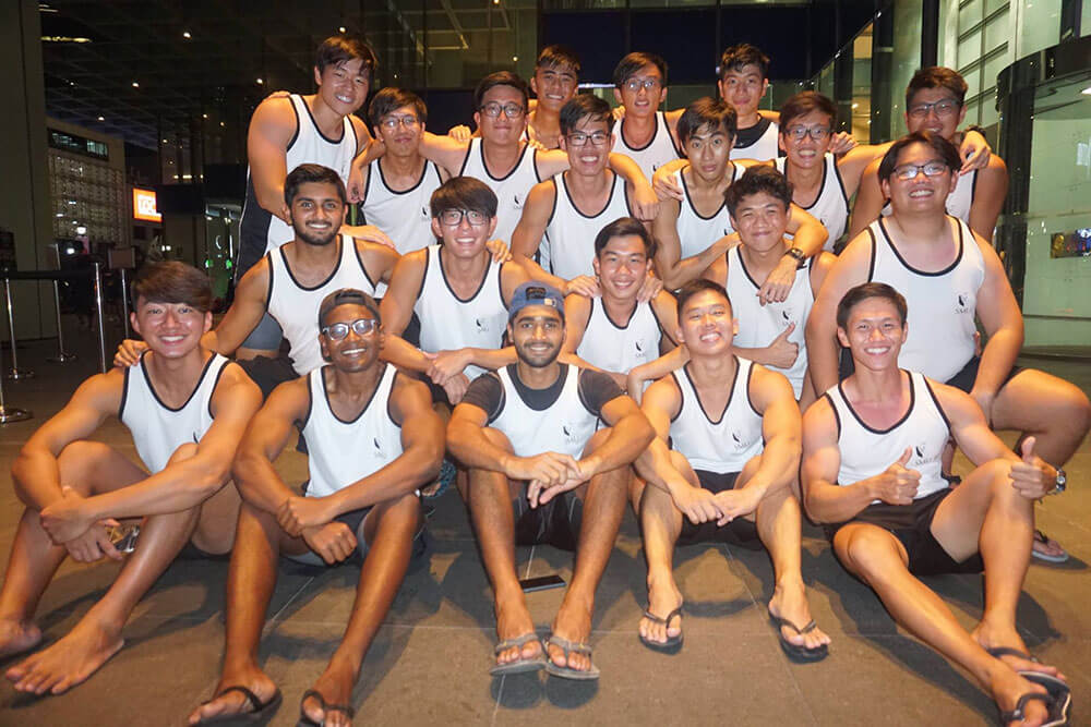 Norman Tay with Dragonboat Men's Team