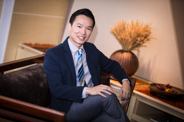Dr Paul Lim