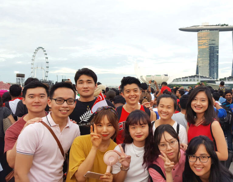 Flying Chalks' student community welcoming foreign friends in Singapore
