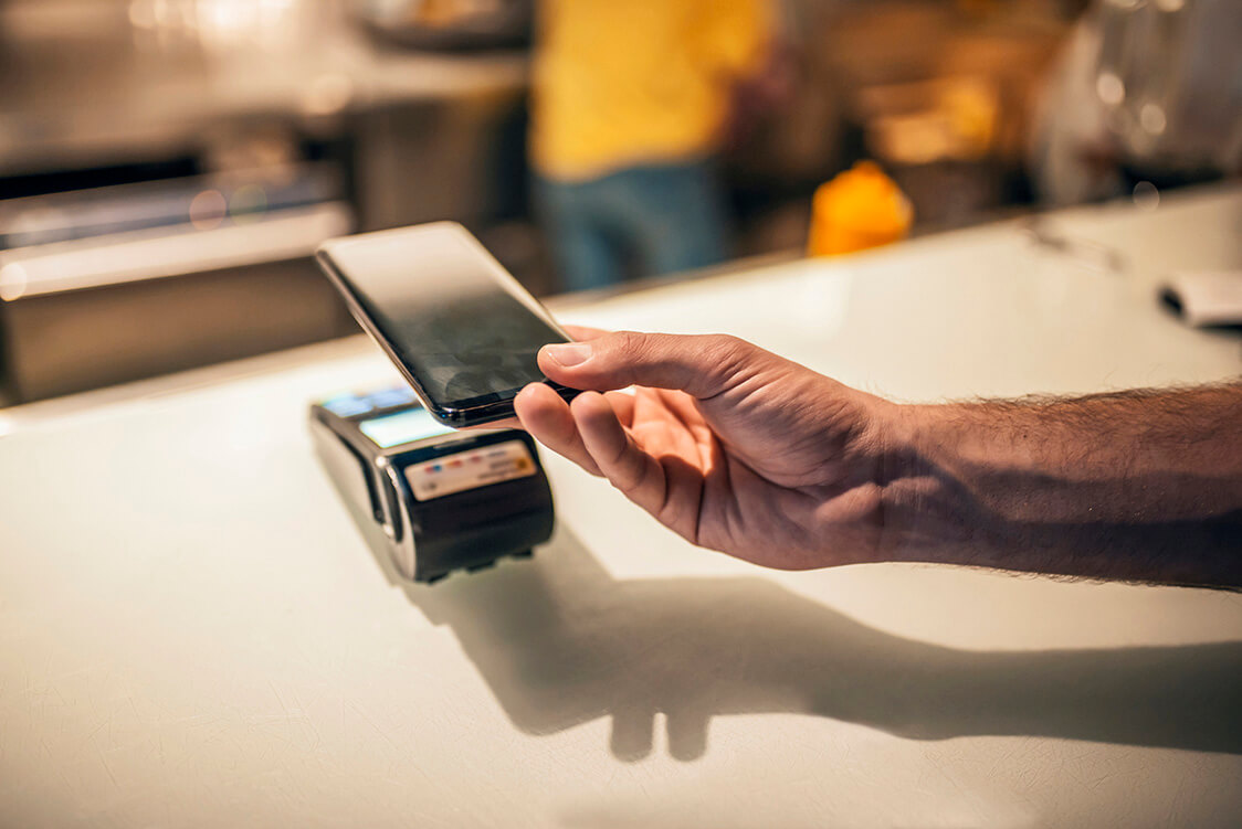 Can Singapore Become a Cashless Society?