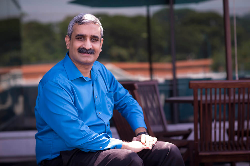 Photo of Associate Profession Rajesh Balan