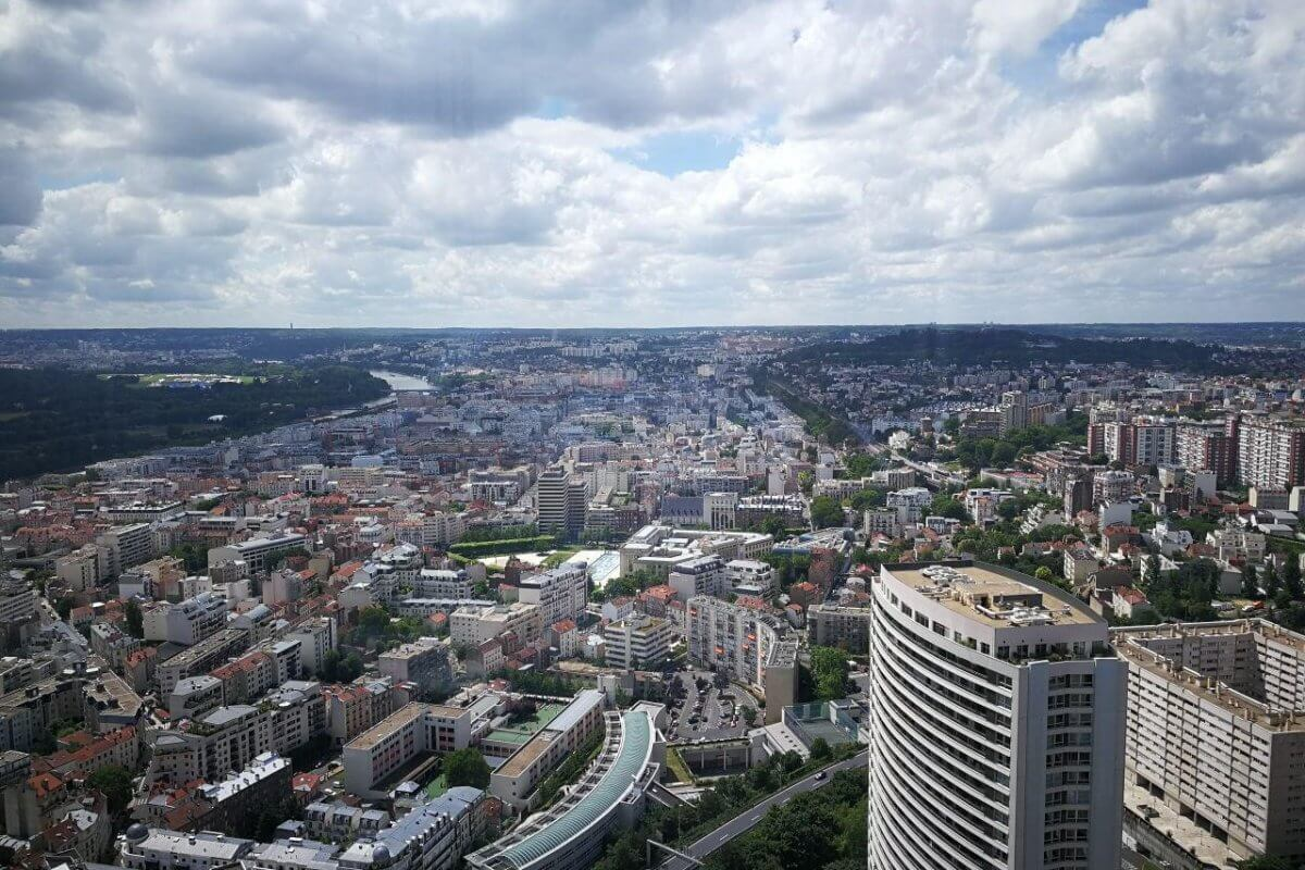 Being a Data Analytics Swiss Army Knife – My Experience as an Intern in Deloitte France